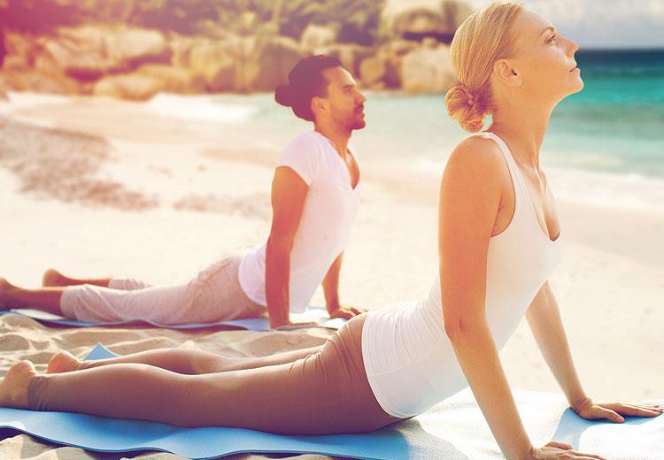 Durch Schwangerschaft und Geburt werden Beckenboden, Muskeln und Bänder stark beansprucht. Rückbildungsyoga hilft dir genau jene Bereiche wieder zu stärken, die während der Schwangerschaft und Geburt geschwächt worden sind.