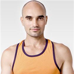 CrossFit ist ein ganzheitliches Kraft- und Konditionstrainingsprogramm, welches die menschliche Leistungsfähigkeit in allen körperlichen Bereichen steigern und weiterentwickeln will.